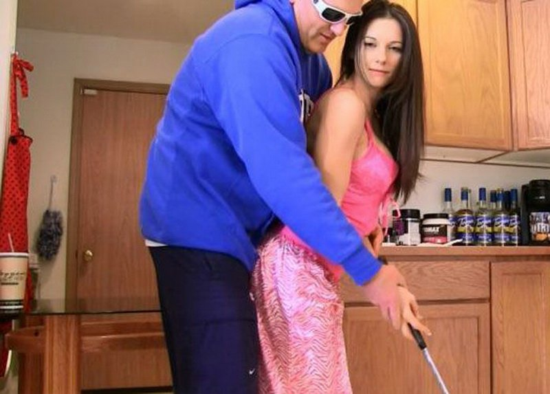 Clips4sale: (Mandy Flores) - Flirty Sister Learns A Lesson [FullHD / 842 MB] - Incest / Brother Sister