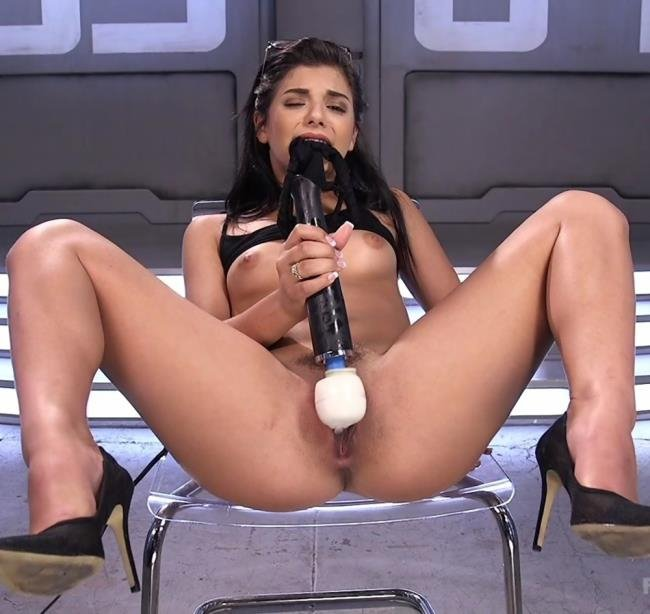 Gina Valentina Sex Machine