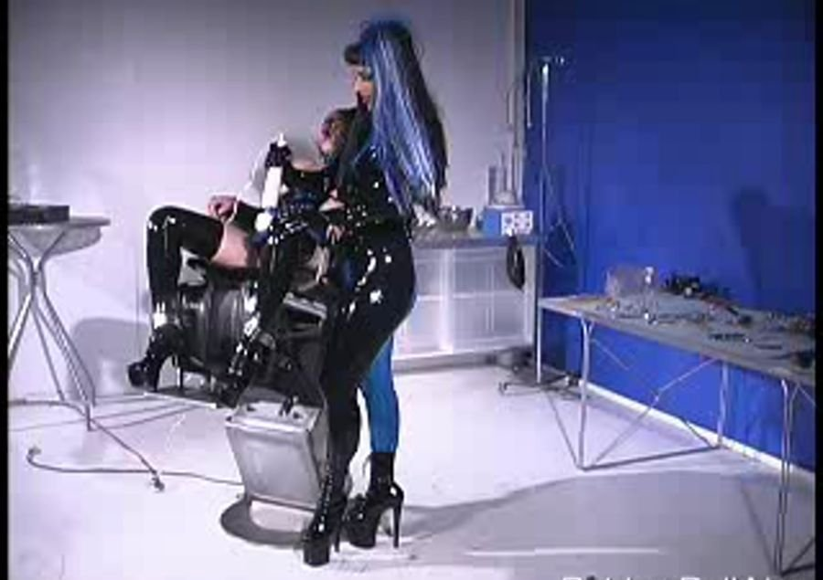 RubberDoll: (Rubber Doll) - Cam session with kim [SD / 102 MB] - Fetish / Latex