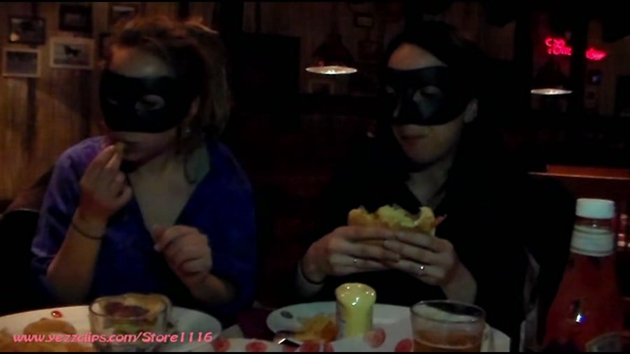 YezzClips: (4 Scat Girls) - Exercise and Burger for Us and Two Big Shits for You [FullHD 1080p / 919 MB] - Scat / Femdom
