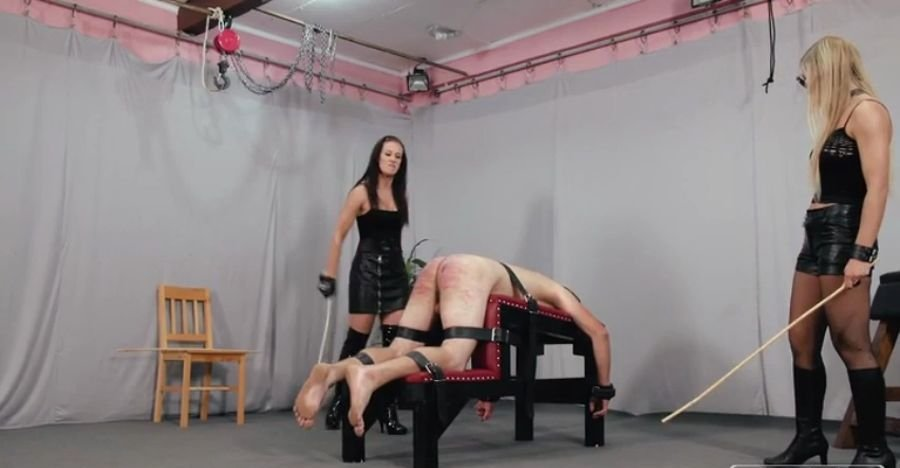 CruelPunishments: (Anette) - Anette And Bloodymary [SD / 664 MB] - BDSM / FemDom