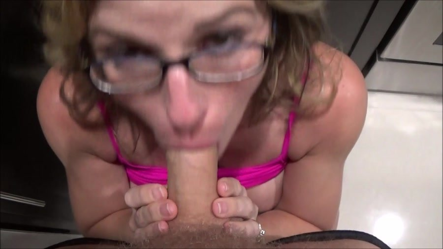 Clips4sale: (Molly Jane and her family) - Mom I Do What I Want [HD 720p / 623 MB] - Roleplay / Family Sex