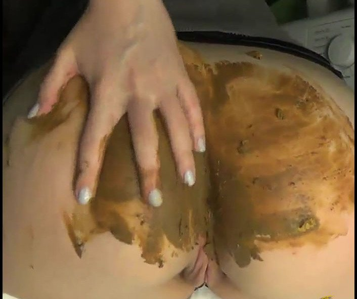 : (DirtyBetty) - See my Crap kittys [FullHD 1080p / 318 MB] - Poopping, Shitting, Big pile, Scat