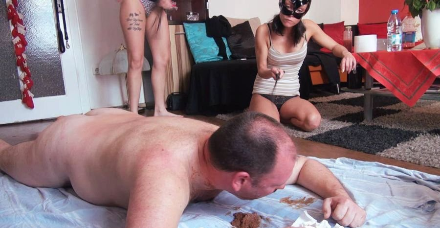 Scatqueens-Berlin: (Scat Cats, Domi, Kimi, Lucy, Hanna) - Scat Cats - A Big Pile of Shit for the Toilet Slave P2 [SD / 302 MB] - Germany / Scat Femdom