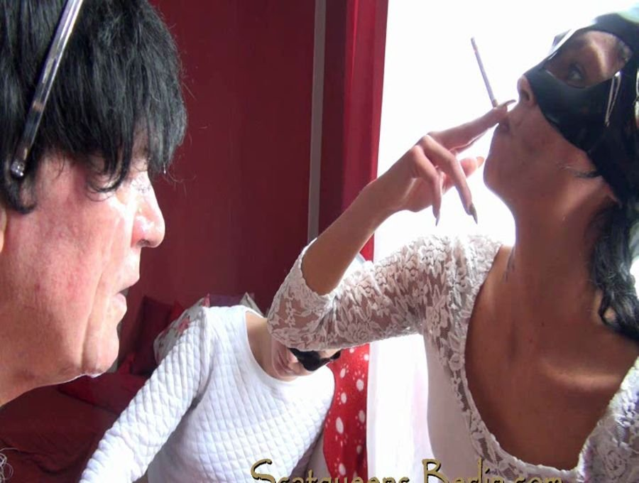 Scatqueens-Berlin: (Scat Cats, Domi, Kimi, Lucy, Hanna) - Scatqueens have fun with a Human Toilet P1 [SD / 330 MB] - Germany / Scat Femdom