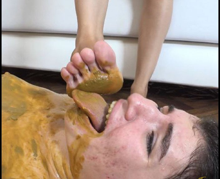 (Silvia) - First Scarlet's Scat Session [SD / 212 MB] - Poopping, Shitting, Big pile, Scat