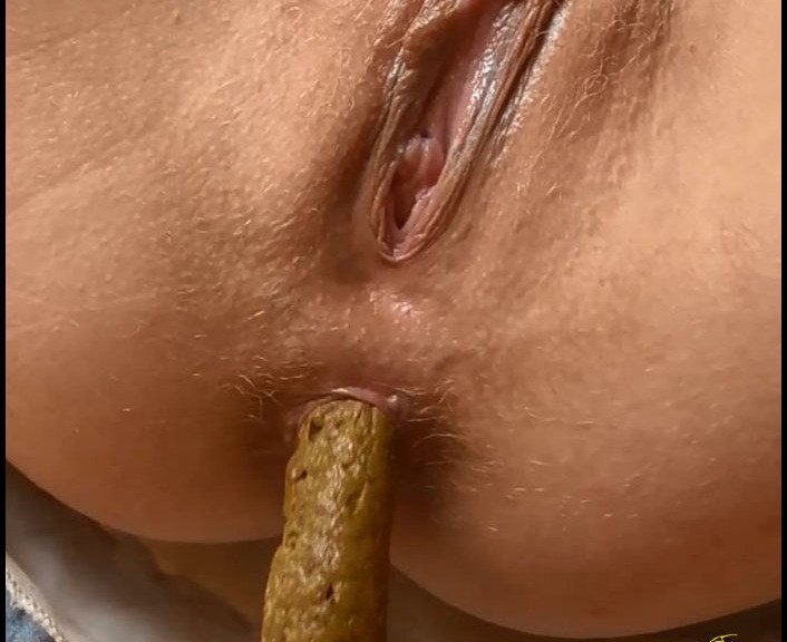 (CandieCane) - Defecation Closeup In High Defenition [FullHD 1080p / 49.8 MB] - Poopping, Shitting, Scatting Domination