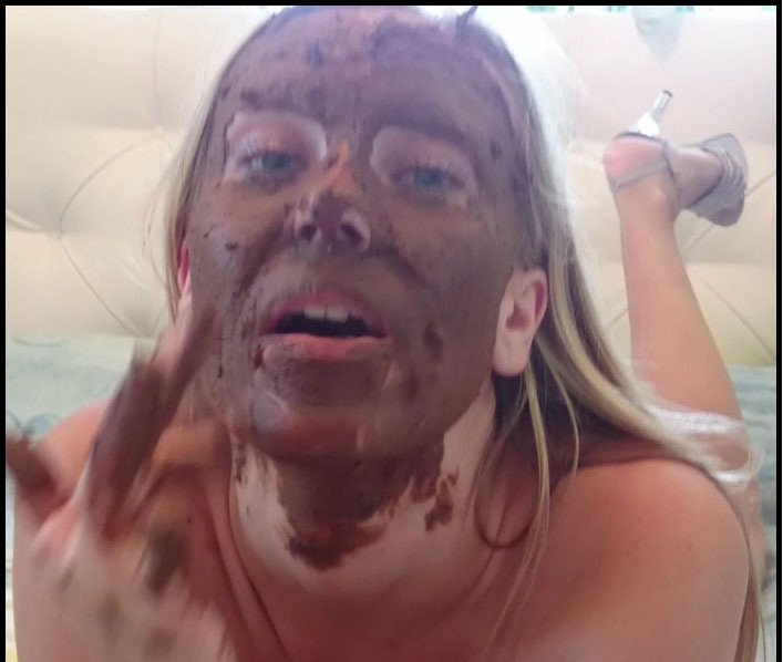 Brown wife FullHD 1080p Shit on Self [Scat, Poop, Poop Videos, Scat Solo, Smearing, Defecation]
