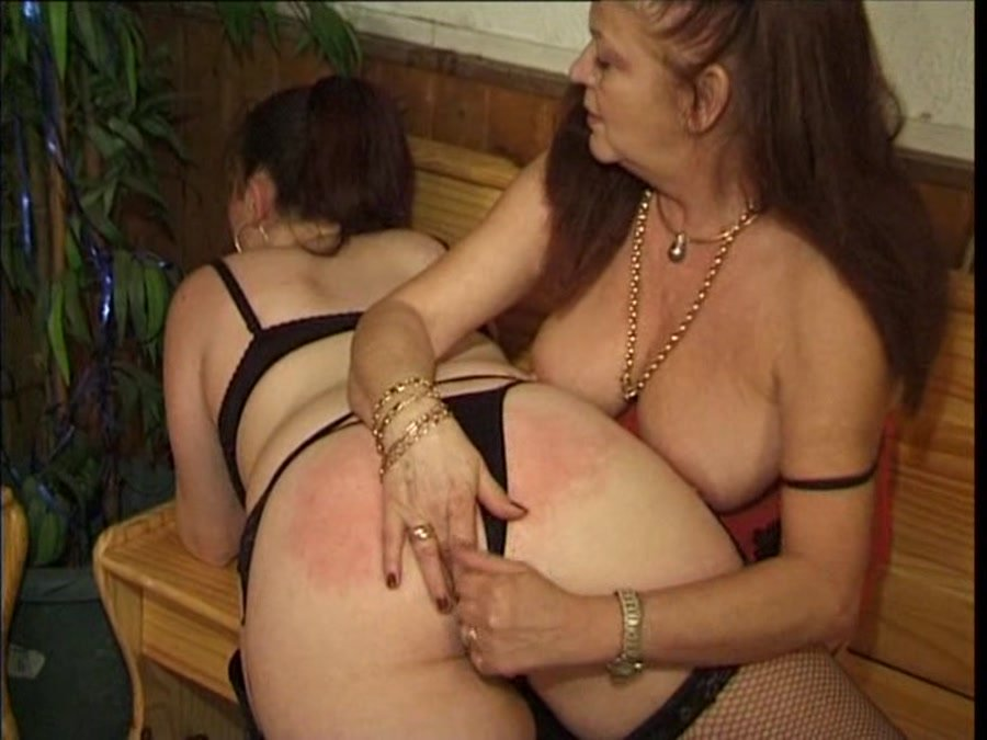 IMAMEDIA: (Dany, Beatrix, Marie Delvaux) - Sale Correction [DVDRip] - Spanking / Lesbo Scat