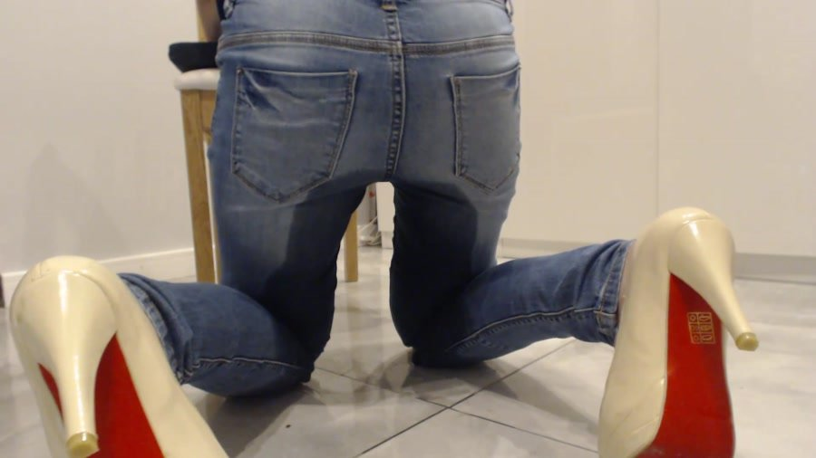 Kaviar Scat: (BibiStar) - Shitty Jeans With Doctor [FullHD 1080p] - Shitting Girls, Poop Videos, Solo