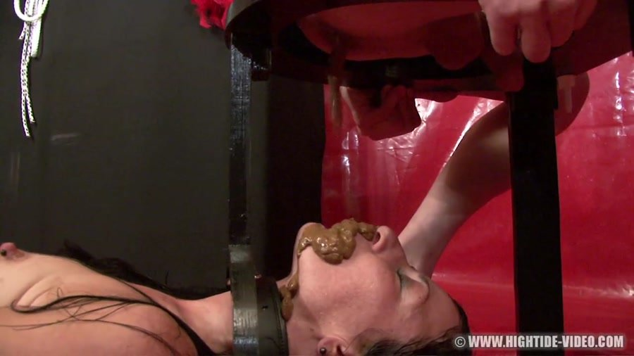 Hightide Video: (Rieke, Master) - The Brown Throne [HD 720p] - Scat Humiliation