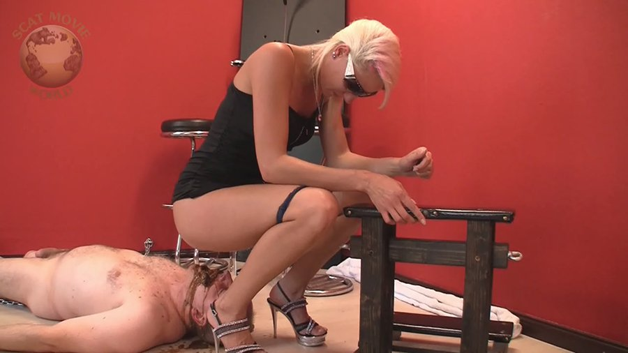 Scat-Movie-World: (Lady Chantal, Miss Cherie) - Very dirty scat session [HD 720p / 299,28 Mb] - Scat, Pissing, Femdom, Humiliation