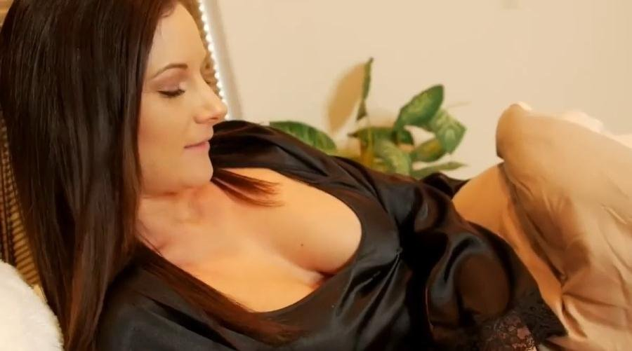 Clips4Sale.com: (Mandy Flores) - Mom and Son IV: Home From College [HD 720p / 239 MB] - Incest, Mom, Son