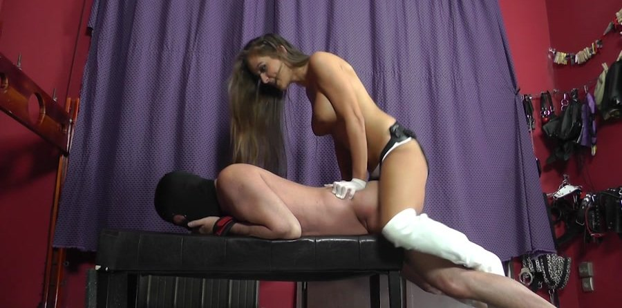Cruel-Strapon.com: (Mistress Amanda) - ROUGHLY RAMMED [HD 720p / 404 MB] - Femdom, Humilation