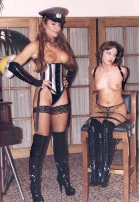 Harmony Concepts: (Kelly Ashton, Sadie Atkins) - KA-2 - The Fetish Service [SD / 844 MB] - Bondage, Stockings