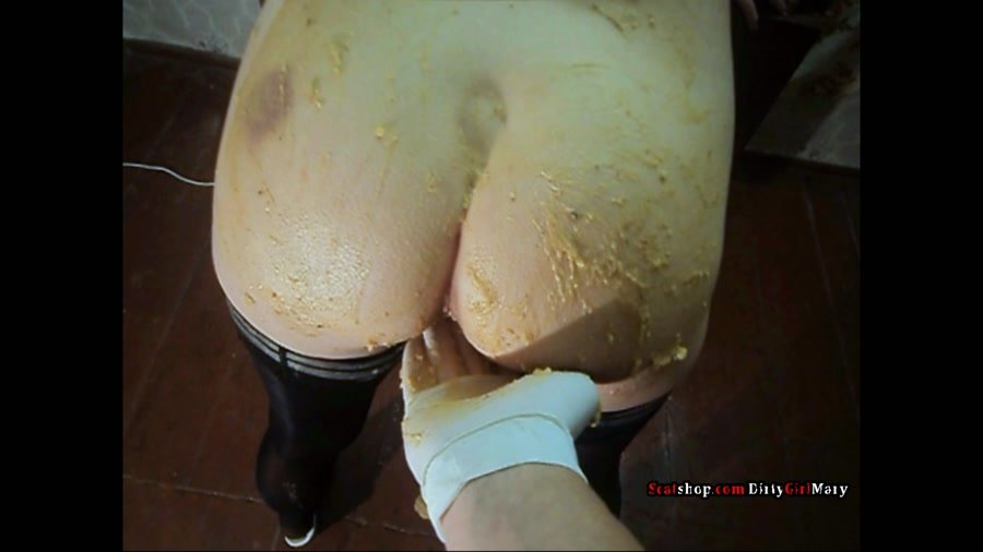 Defecation: (DirtyGirlMary) - Corn shit on my body [FullHD 1080p] - Scat, Amateur