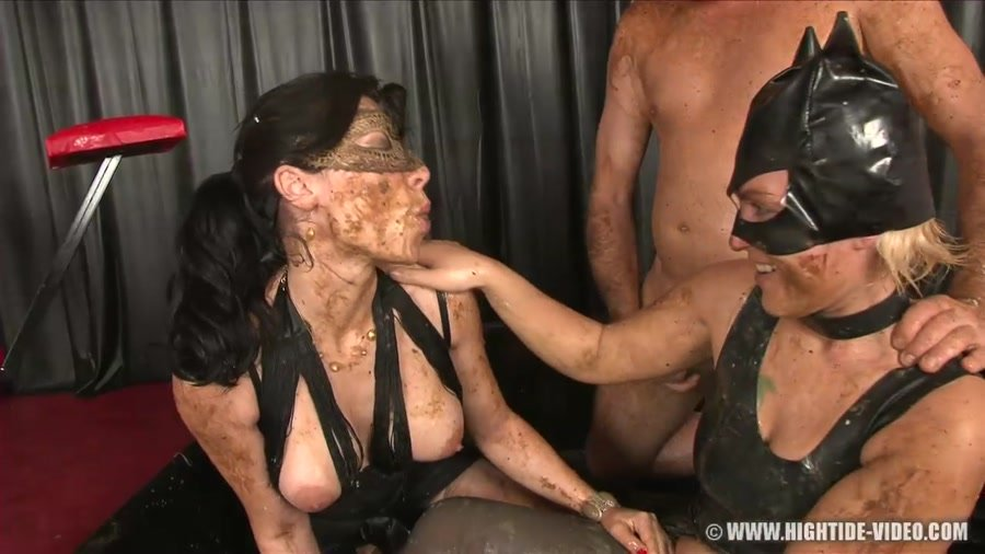 Hightide-Video: (Regina Bella, Gina) - Pushing the Limits 2 [HD 720p] - Enema, Latex
