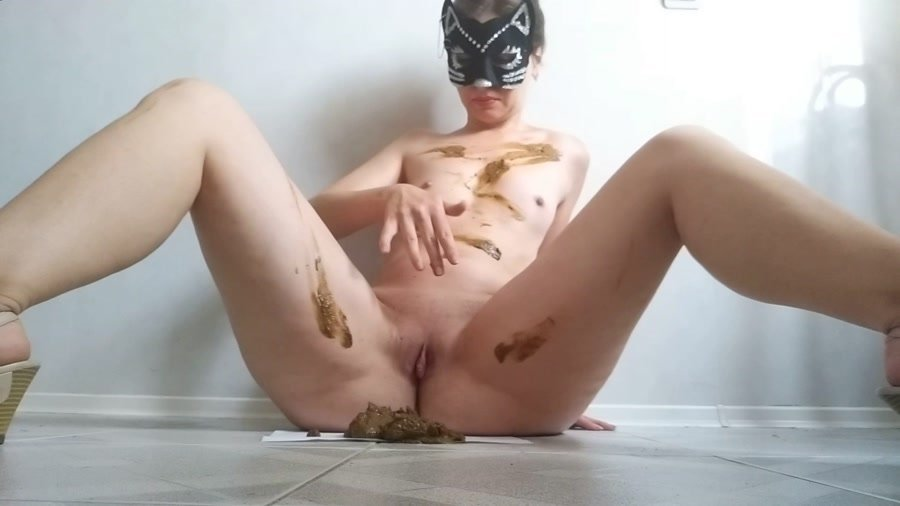 Stars Scat: (nastygirl) - Pooping smearing sitting in shit and striptease [FullHD 1080p] - Piss, Efro, Solo