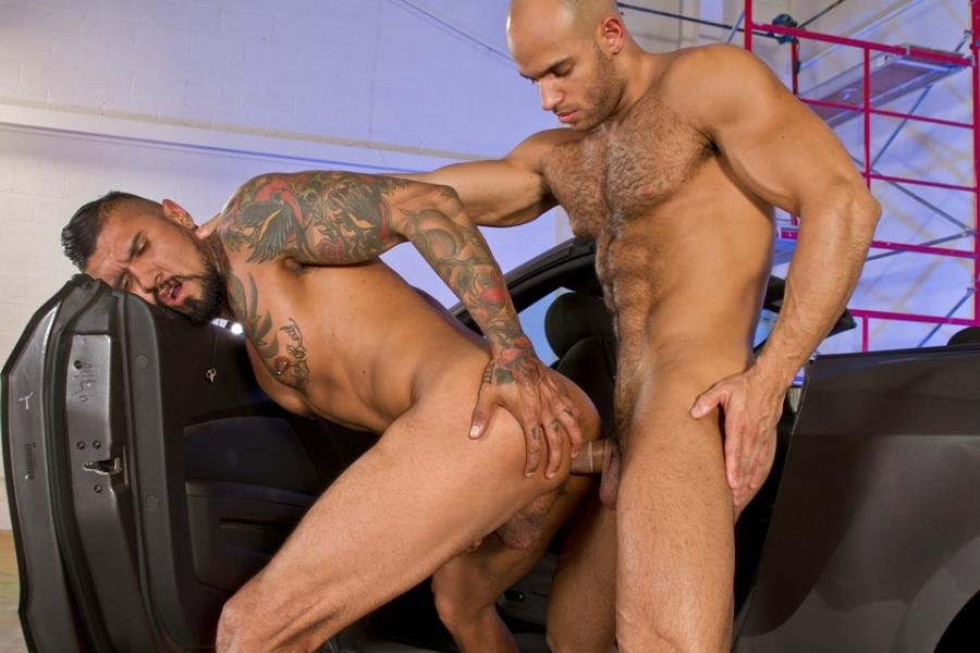 RagingStallion.com: (Boomer Banks, Sean Zevran) - Auto Erotic Part 2, scene 01 [HD 720p] -