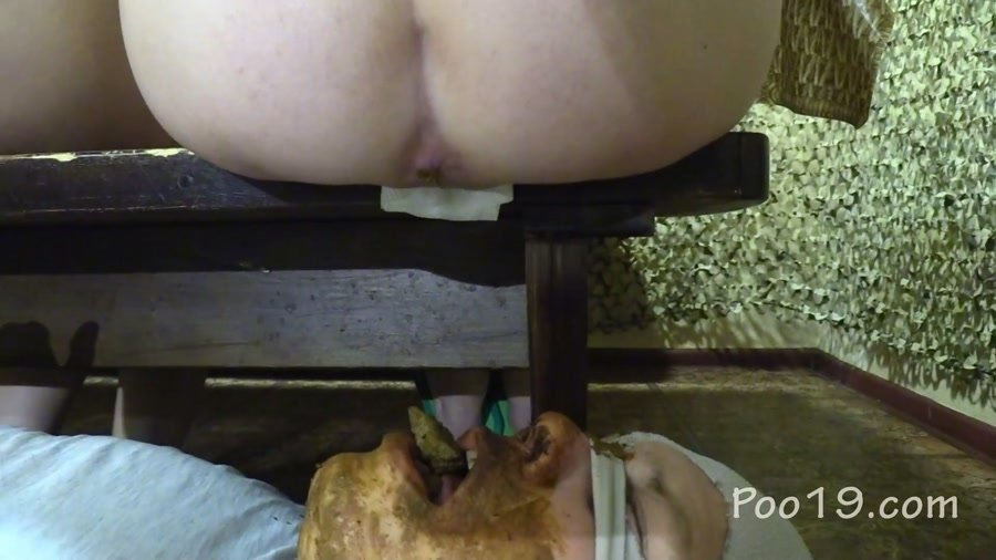 Toilet Slavery: (MilanaSmelly) - Crapping on the bench [FullHD 1080p] - Domination, Scat