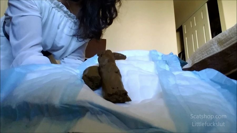 Poop: (littlefuckslut) - Big Poop for My Baby Toilet to Wear [FullHD 1080p] - Solo, Big Pile