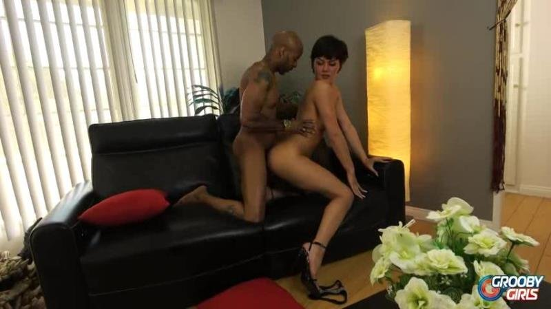 GroobyGirls.com: (Daisy Taylor, Soldier Boi) - Daisy Fucked By Soldier [SD / 375.86 Mb] -