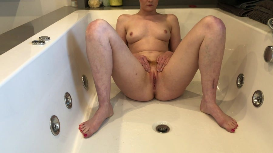 Shitting Girls: (Hayley-x-x) - Peeing, poop & diarrhea from this week [FullHD 1080p] - Amateur, Solo