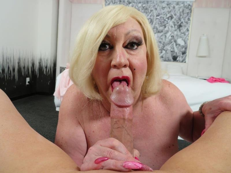 SissyPOV.com: (Sheela Monroe) - Blonde Femme Babe Still Has The Skills [HD / 396,67 Mb] -