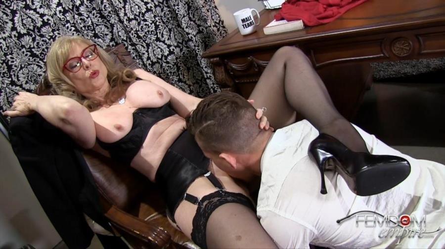Femdom Mistress Slave Worship