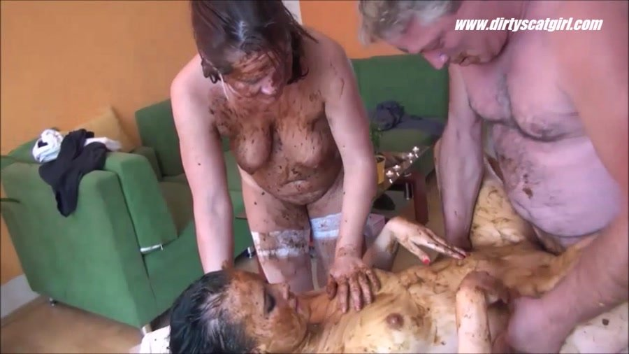 DirtyScat: (Betty, Victoria) - Massage Scat Parlour 2 [HD 720p] -