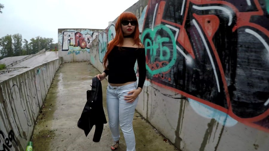 Outdoor Scat: (janet) - Pooping in Public Place with Graffiti [UltraHD 4K] - Shit, Solo