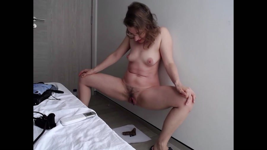 Scatology: (LittleMissKinky) - Lots of Shit [FullHD 1080p] - Solo, Teen